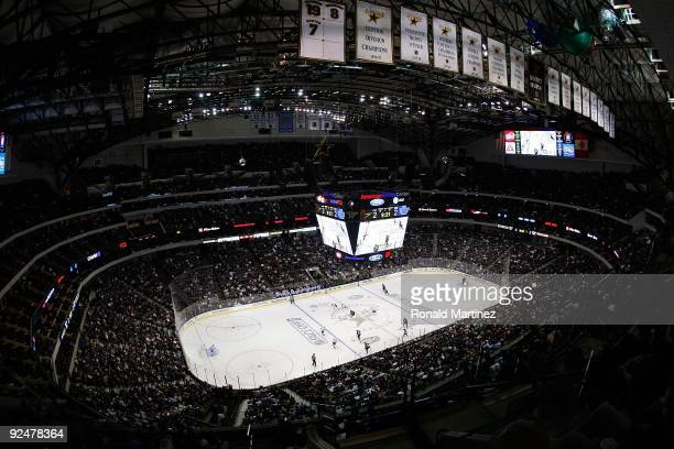 A general view of play between the Toronto Maple Leafs and the Dallas Stars at American Airlines Center on October 28 2009 in Dallas Texas
