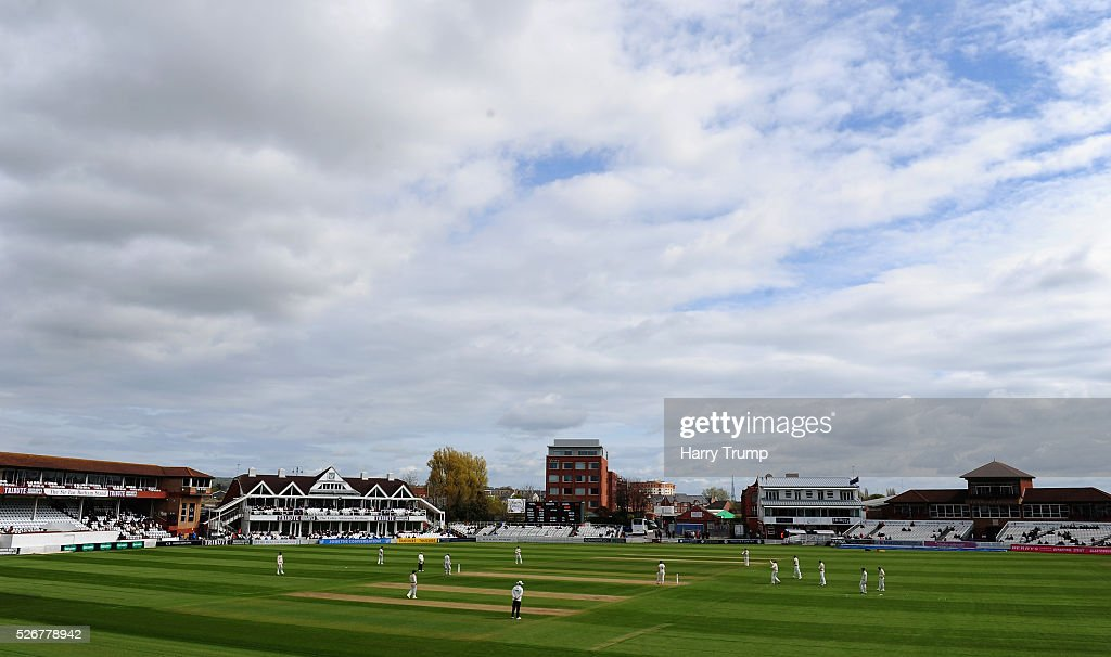 General view of play during Day One of the Specsavers County Championship Division One match between Somerset and Lancashire at the County Ground on May 01, 2016 in Somerset, United Kingdom.