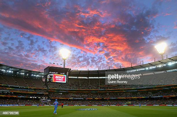A general view of play during the 2015 ICC Cricket World Cup Quater Final match between India and Bangldesh at Melbourne Cricket Ground on March 19...