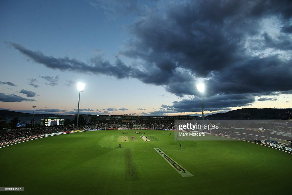 A general view of play during the Big Bash League match between the Hobart Hurricanes and the Brisbane Heat at Blundstone Arena on January 12, 2013 in Hobart, Australia.