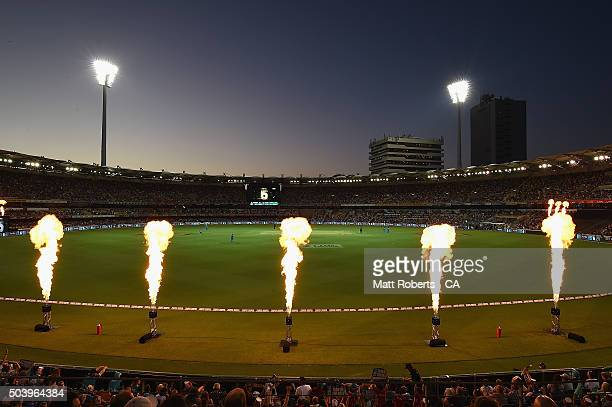 A general view of play during the Big Bash League match between the Brisbane Heat and the Adelaide Strikers at The Gabba on January 8 2016 in...