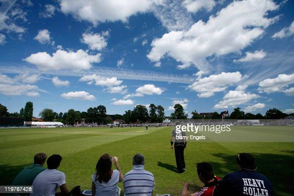 A general view of play during the Clydesdale Bank 40 match between Surrey and Warwickshire at Guildford Cricket Club on July 24 2011 in Guildford...
