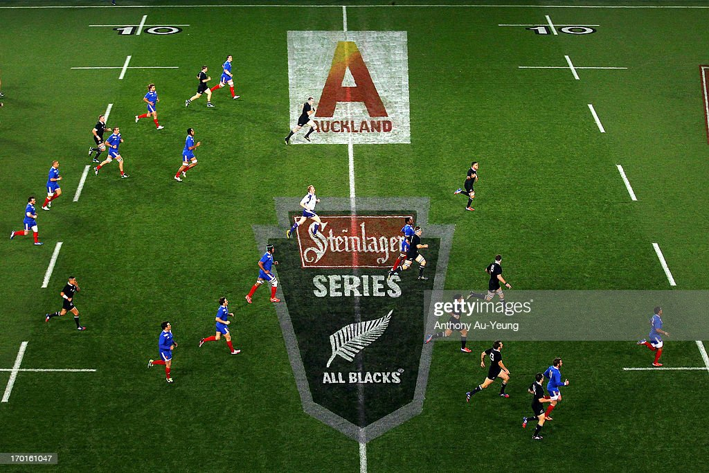 General view of play during the first test match between the New Zealand All Blacks and France at Eden Park on June 8, 2013 in Auckland, New Zealand.