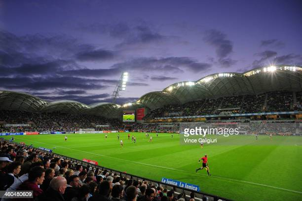 General view of play during the round 13 ALeague match between the Melbourne Victory and Brisbane Roar at AAMI Park on January 4 2014 in Melbourne...