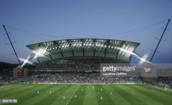 A general view of play during the UEFA Euro 2004 Group A match between Russia and Greece at the Algarve Stadium on June 20 2004 in Faro Portugal