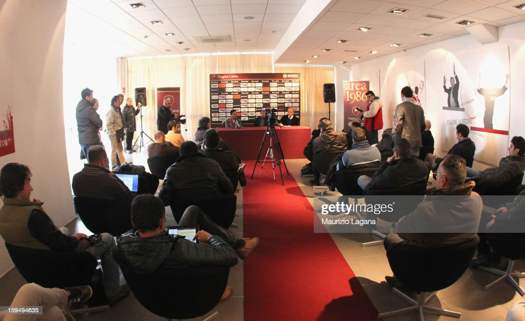A general view of press room during David Di Michele presentation at Oreste Grinillo Stadium, on January 14, 2013 in Reggio Calabria, Italy.