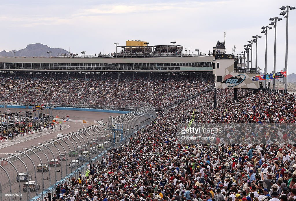 A general view of race action during the NASCAR Sprint Cup Series Subway Fresh Fit 500 at Phoenix International Raceway on March 3, 2013 in Avondale, Arizona.