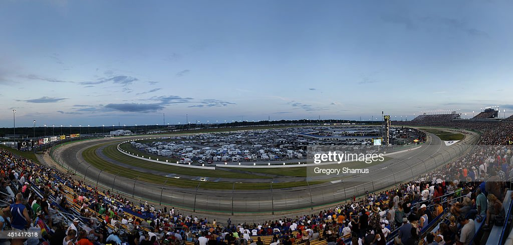 A general view of racing during the NASCAR Sprint Cup Series Quaker State 400 presented by Advance Auto Parts at Kentucky Speedway on June 28, 2014 in Sparta, Kentucky.