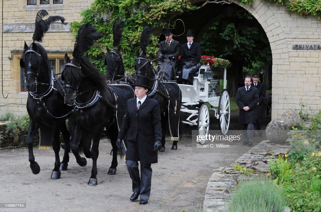 General view of Robin Gibb's horse drawn glass carriage during his funeral at Priest End, Thame on June 8, 2012 in Oxford, England.