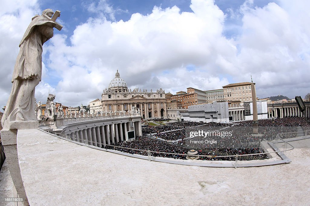 A general view of St. Peter's Square as Pope Francis appears prior to delivering his first 'Urbi et Orbi' blessing from the balcony of St. Peter's Basilica during Easter Mass on March 31, 2013 in Vatican City, Vatican. Pope Francis delivered his message to the gathered faithful from the central balcony of St. Peter's Basilica in St. Peter's Square after his first Holy week as Pontiff.