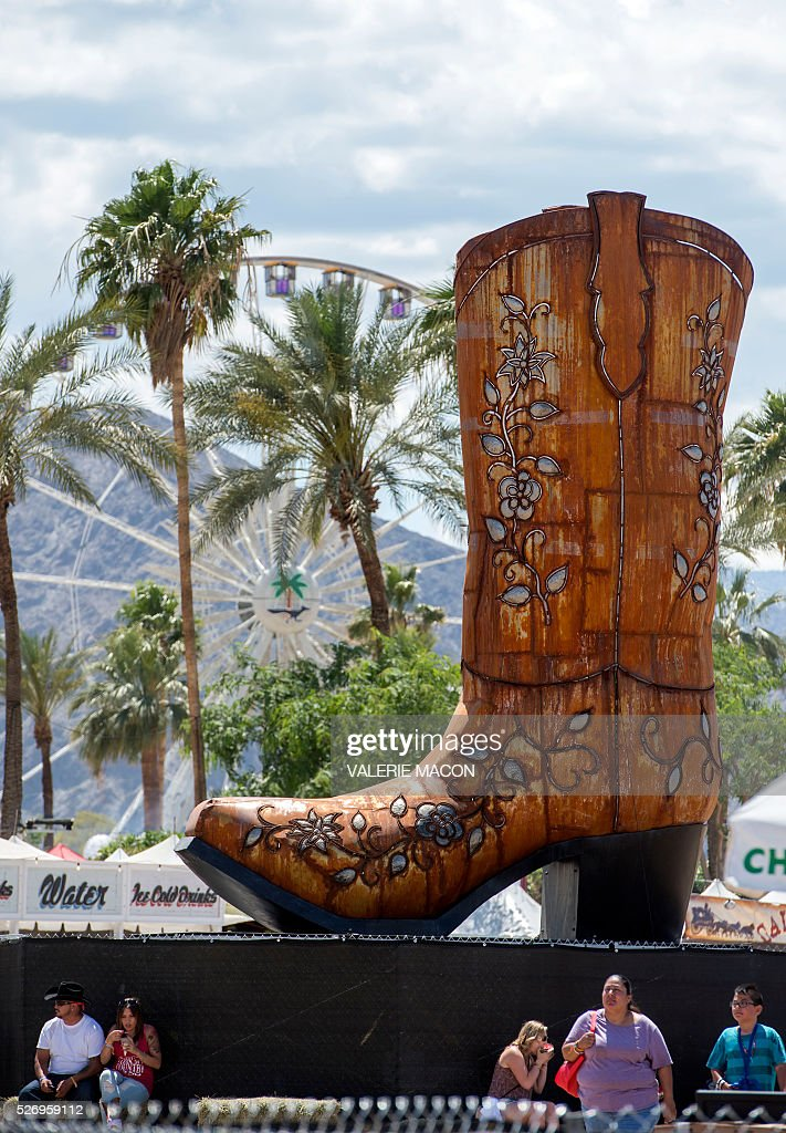 General view of Stagecoach 2016, in Indio, California, on May 1, 2016. / AFP / VALERIE