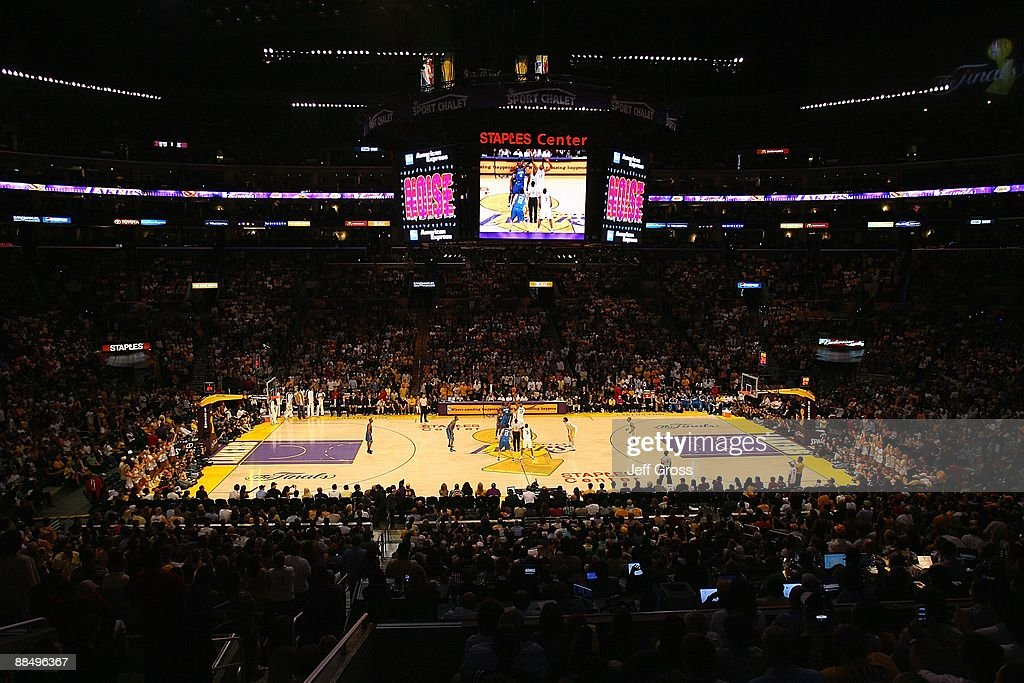 A general view of Staples Center in Game Two of the 2009 NBA Finals between the Los Angeles Lakers and the Orlando Magic on June 7, 2009 in Los Angeles, California. The Lakers won 101-96.