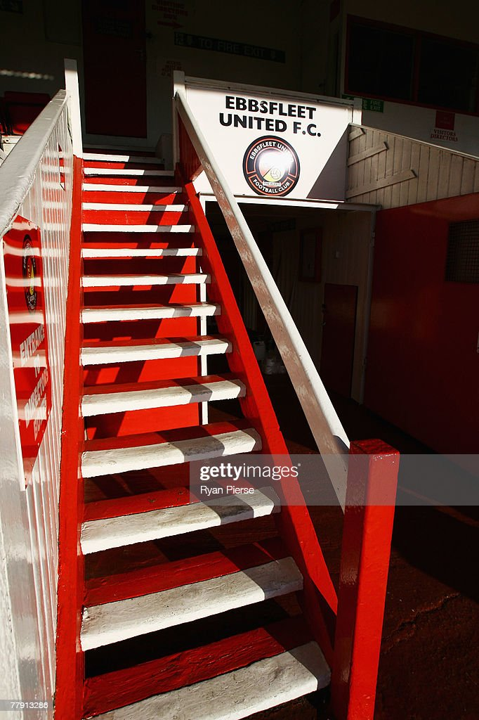 A general view of Stonebridge Road Stadium, the home of Ebbsfleet United FC on November 14, 2007 in Gravesend, United Kingdom. 20,000 MyFootballClub.co.uk members have each paid ?35 to provide a ?700,000 takeover pot which will give them each an equal share in the club along with the right to vote on player selection, transfers and all major decisions.