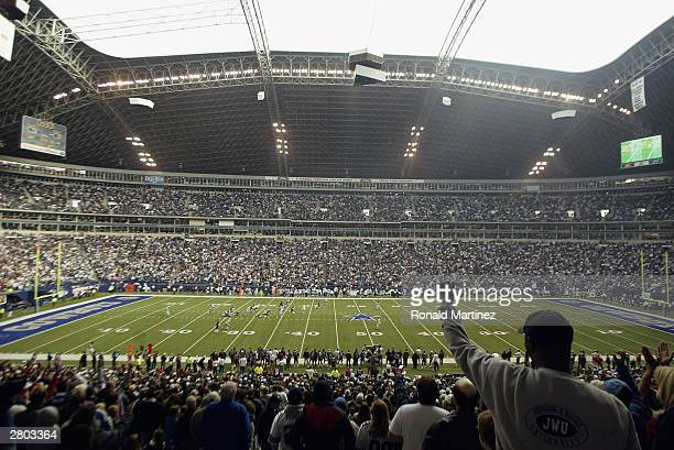 A general view of Texas Stadium as the Buffalo Bills take on the Dallas Cowboys on November 9 2003 in Irving Texas The Cowboys defeated the Bills 106