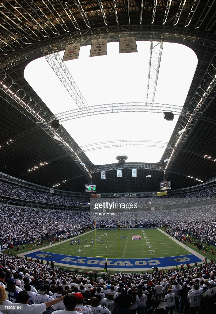 General view of Texas Stadium during the NFC Divisional Playoff game between the New York Giants and the Dallas Cowboys on January 13 2008 in Irving...