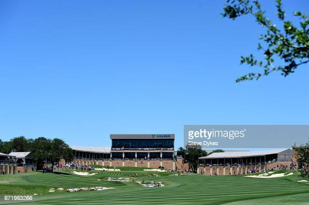 A general view of the 18th hole during the final round of the Valero Texas Open at TPC San Antonio ATT Oaks Course on April 23 2017 in San Antonio...