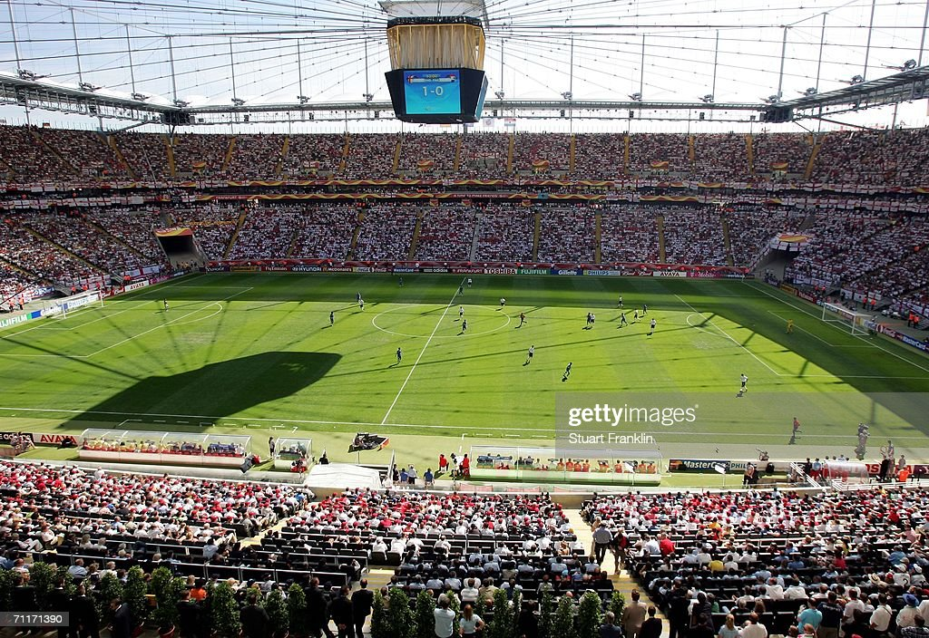A general view of the action during the FIFA World Cup Germany 2006 Group B match between England and Paraguay at the Stadium Frankfurt on June 10...