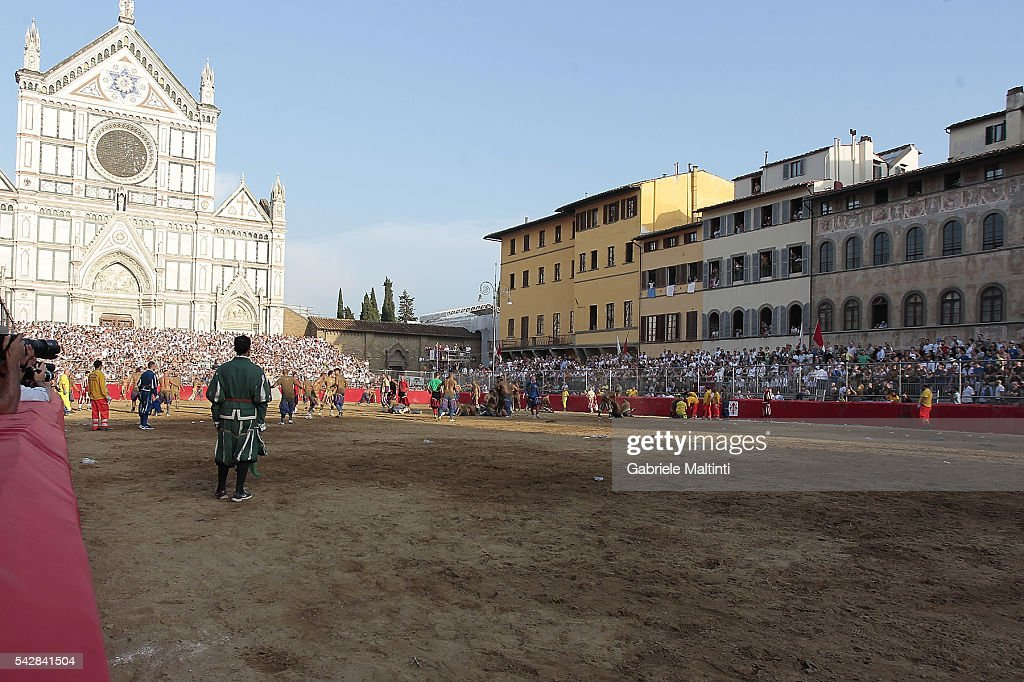 A general view of the action during the final match between the Santa Croce Blue Team and the Santo Spirito White Team at Piazza Santa Croce on June 24, 2016 in Florence, Italy.