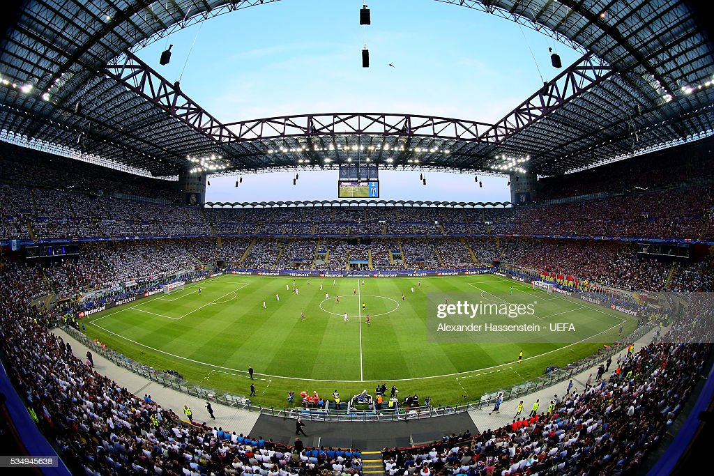 A general view of the action during the UEFA Champions League Final between Real Madrid and Club Atletico de Madrid at Stadio Giuseppe Meazza on May 28, 2016 in Milan, Italy.