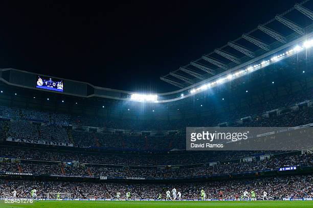 A general view of the action during the UEFA Champions League Semi Final second leg match between Real Madrid and Manchester City FC at Estadio...