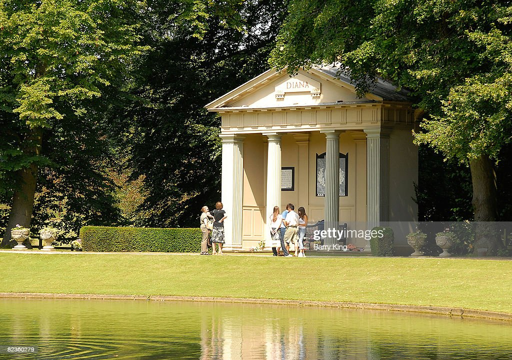 Althorp Childhood Home And Grave Of Diana Princess Of