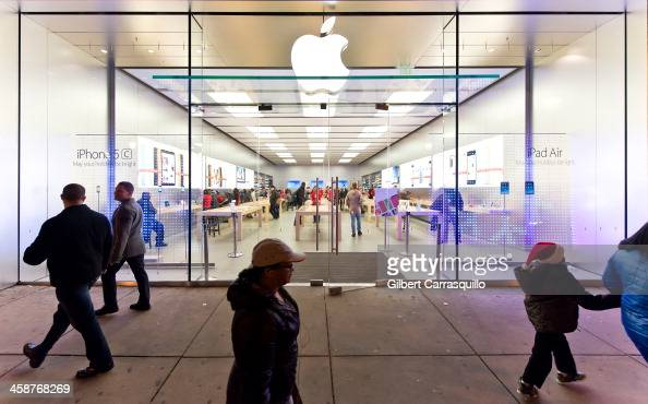 A general view of the Apple Store seasonal Holiday windows on December 20 2013 in Philadelphia Pennsylvania