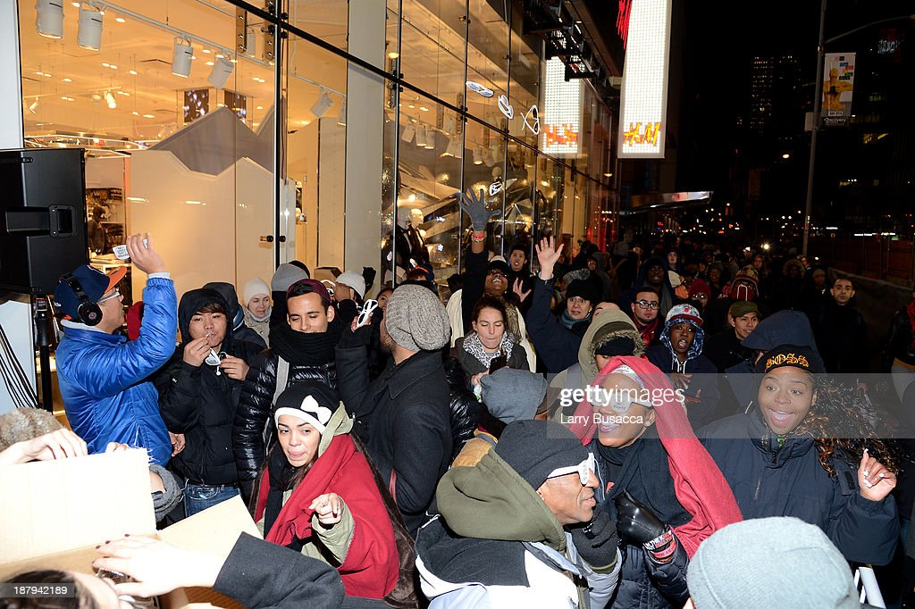 A general view of the atmosphere as H&M and Lady Gaga open an epic H&M store in Times Square on November 13, 2013 in New York City.