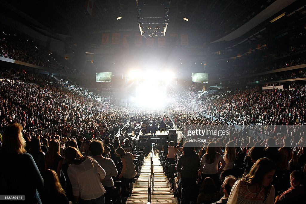 A general view of the atmosphere as Justin Bieber performs onstage during Power 96.1's Jingle Ball 2012 at the Philips Arena on December 12, 2012 in Atlanta.