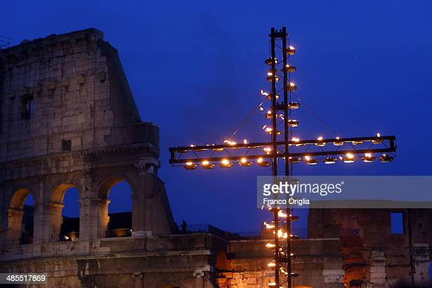 A general view of the atmosphere as Pope Francis leads the Way of The Cross at the Colosseum on April 18 2014 in Rome Italy The Way of the Cross is a...