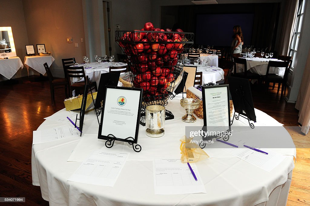 A general view of the atmosphere at the St. Vincent Meals on Wheels Beauty Event. Beauty Inside and Out on May 24, 2016 in Los Angeles California.