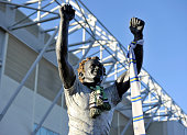 A general view of the Billy Bremner statue outside Elland Road during the Sky Bet Championship match between Leeds United and Fulham at Elland Road...