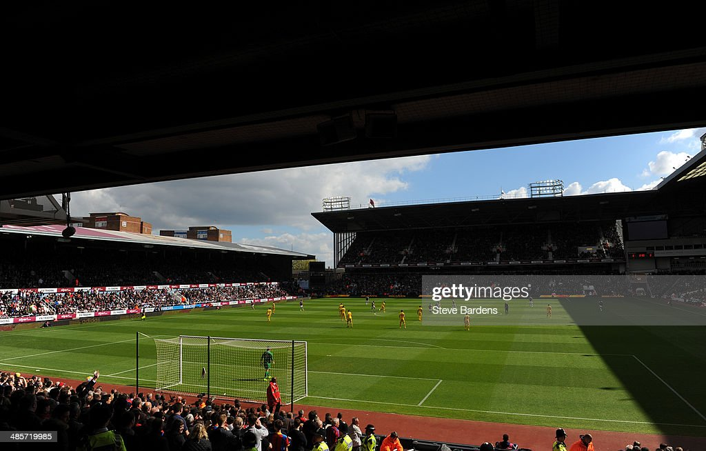 A General view of the Boleyn Ground during the Barclays Premier League match between West Ham United and Crystal Palace at Boleyn Ground on April 19, 2014 in London, England.