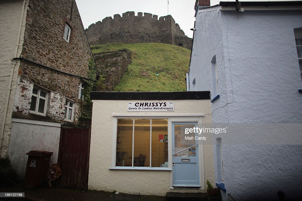 A general view of the castle overlooking Totnes is seen on January 8, 2013 in Totnes, England. The Devon town is renowned for its belief in promoting trade of local independent retailers, famously denying the plans by national coffee chain Costa to open a high street branch in the town. Boasting its own local currency, Totnes has a shop vacancy rate of 6%, less than half than the national average, whilst 80% of outlets are independently owned.