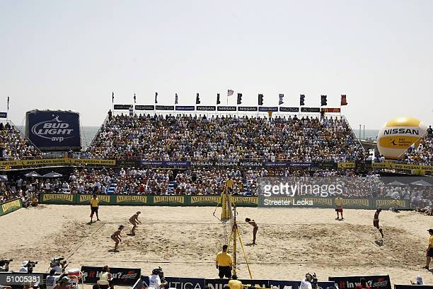A general view of the court as Annett Davis jump serves to Holly McPeak and partner Elaine Youngs in the finals match during Day Three of the...