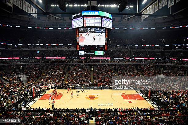 A general view of the court during the first half on December 25 2014 at the United Center in Chicago Illinois The Bulls defeated the Lakers 11393...
