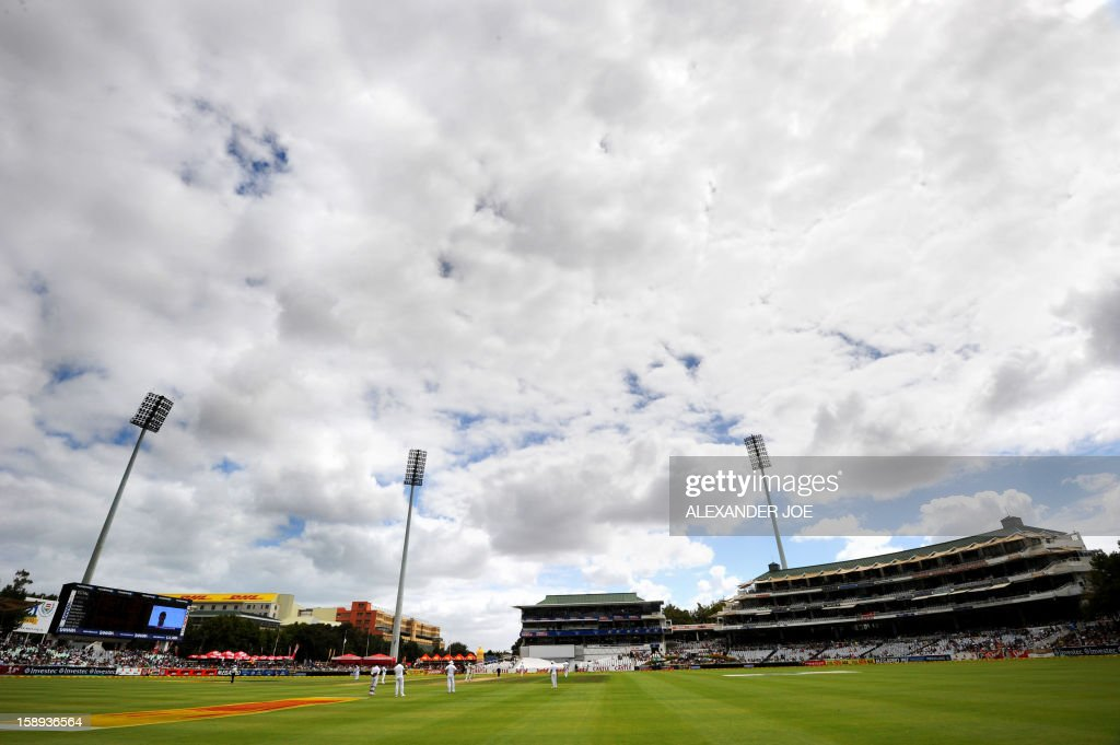 A general view of the cricket ground on day 3 of the first Test match between South Africa and New Zealand, in Cape Town at Newlands on January 4, 2013. AFP PHOTO / ALEXANDER JOE