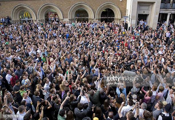 A General View Of The Crowd Who Gathered For A Flash Mob Tribute To Michael Jackson Outside Liverpool Street Station In London