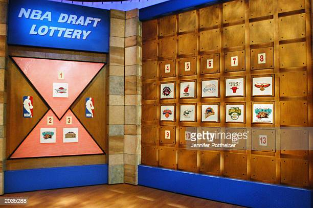 General view of the draft order during the 2003 NBA Draft Lottery on May 22 2003 in Secaucus New Jersey NOTE TO USER User expressly acknowledges and...