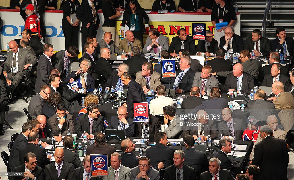 A general view of the draft tables of the Columbus Blue Jackets, Edmonton Oilers, Montreal Canadiens andthe New York Islanders during Round One of the 2012 NHL Entry Draft at Consol Energy Center on June 22, 2012 in Pittsburgh, Pennsylvania.