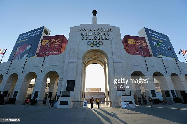 A general view of the exterior of Los Angeles Memorial Coliseum is seen prior to the start of the game between the Oregon State Beavers and the USC...