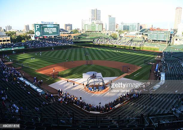 A general view of the field as the Pittsburgh Pirates take batting practice before the game against the Chicago Cubs on September 27 2015 at Wrigley...