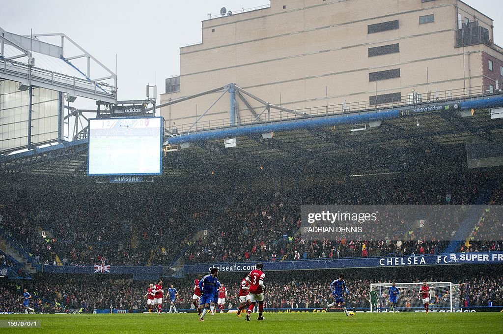 """A general view of the game between Chelsea and Arsenal during the English Premier League football match at Stamford Bridge in London on January 20, 2013. Chelsea won the game 2-1. USE. No use with unauthorized audio, video, data, fixture lists, club/league logos or """"live"""" services. Online in-match use limited to 45 images, no video emulation. No use in betting, games or single club/league/player publications."""