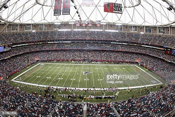 General view of the Georgia Dome during the game between the Atlanta Falcons and the St Louis Rams at the on September 19 2004 in Atlanta Georgia The...