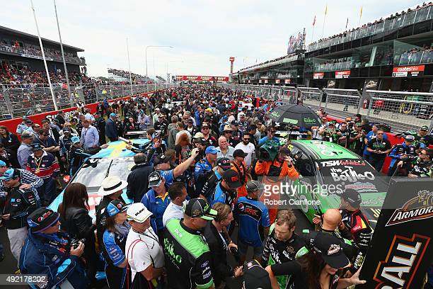 A general view of the grid prior to the Bathurst 1000 which is race 25 of the V8 Supercars Championship at Mount Panorama on October 11 2015 in...
