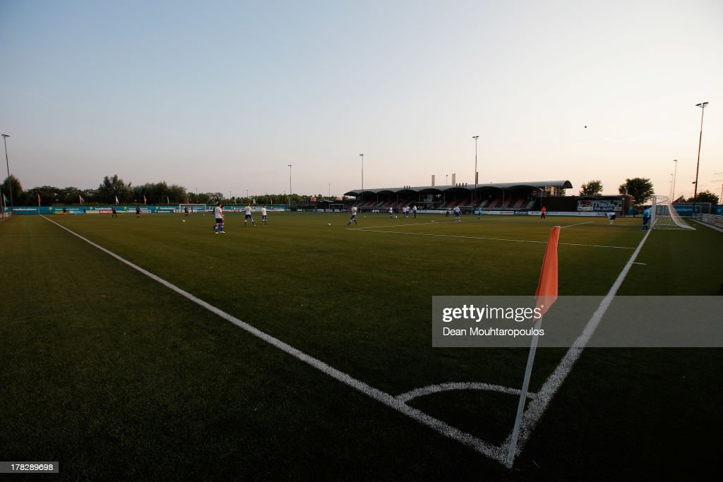 A general view of the ground and stadium prior to the First round Dutch Cup match between OJC Rosmalen and HSV Hoekse Sportvereniging Hoek at Sportpark De Groote Wielen on August 28, 2013 in Rosmalen, Netherlands.