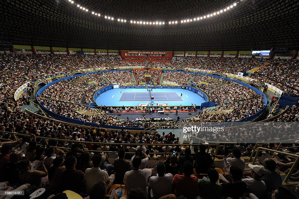General view of the Ibirapuera Gymnasium during an exhibition tennis match between Swiss Roger Federer and French Jo-Wilfried Tsonga in Sao Paulo, Brazil, on December 8, 2012. AFP PHOTO/Yasuyoshi CHIBA