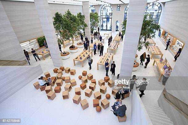 A general view of the interior of the upgraded Apple store on Regent Street on October 13 2016 in London England Regent Street was Apple's first...