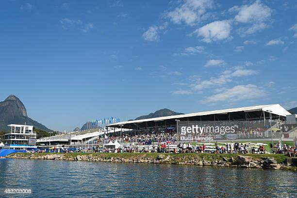 General view of the Lagoa Rodrigo de Freitas olympic venue during the World Rowing Junior Championships on August 5 2015 in Rio de Janeiro Brazil The...