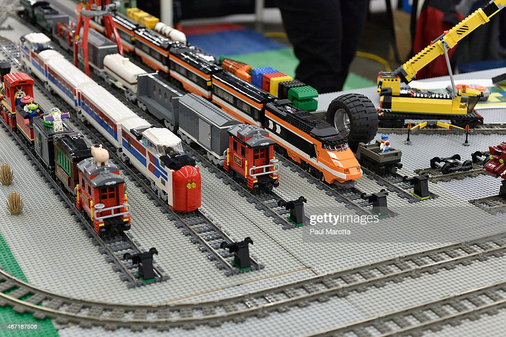 Greenberg\'s National Train & Toy Show Photos and Images | Getty Images