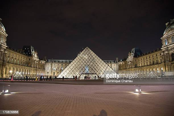General View of the 'Liaisons Au Louvre III' Charity Gala Dinner Hosted by American International Friends of Le Louvre at Cour Carree du Louvre on...